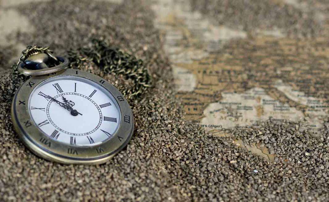 orologio mappa sabbia